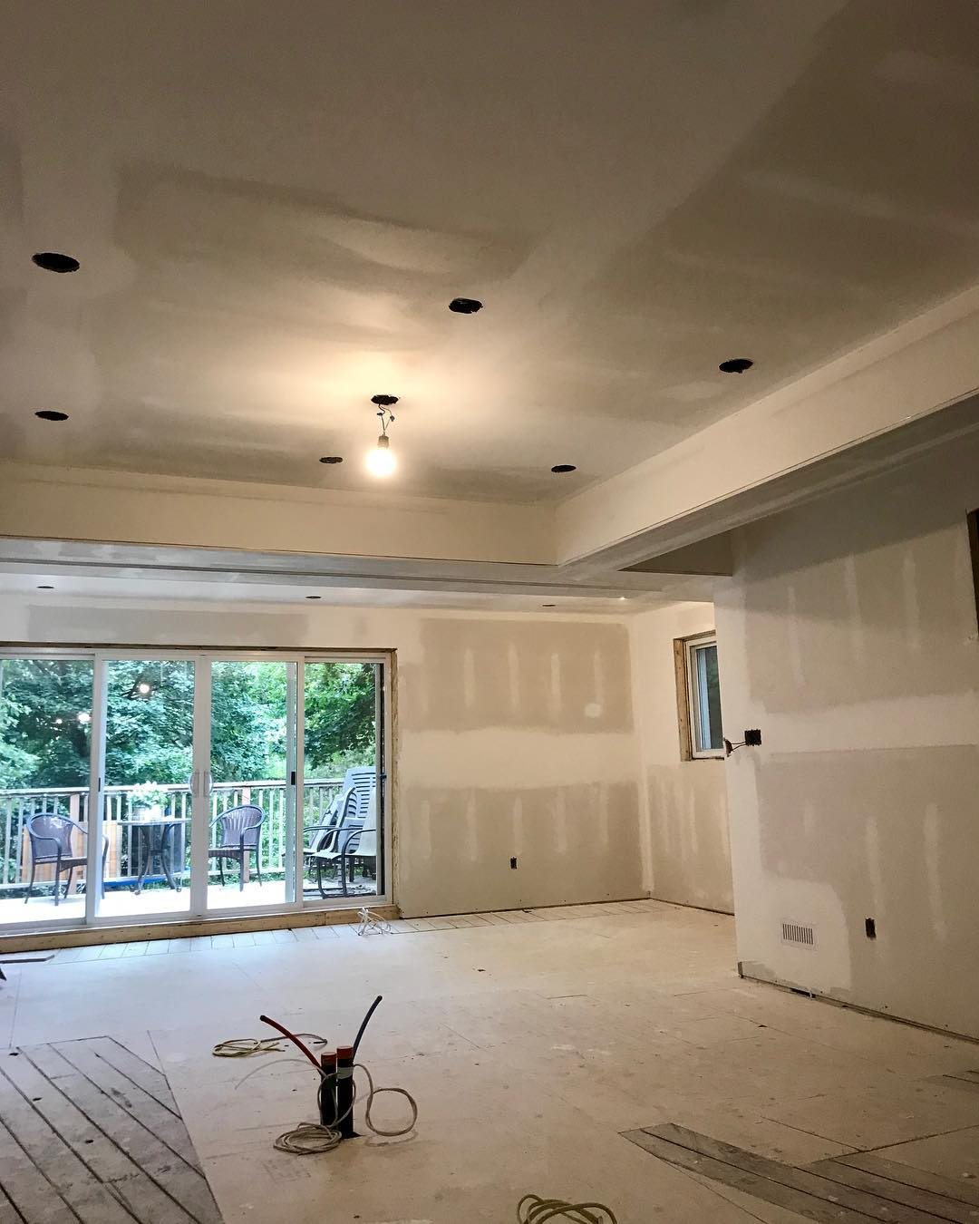 drywall,installation,toronto,gta,services,repair,repairs,damage,contractor,contractors,damaged